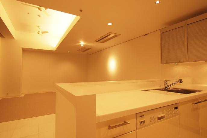 間接照明で雰囲気のいいLDK空間 広島市中区