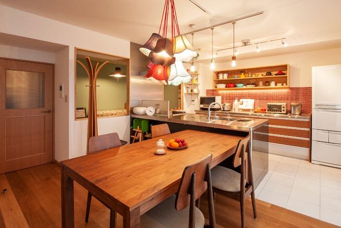 こだわり抜いた素材で色彩溢れる空間 広島市佐伯区 reno+plus16