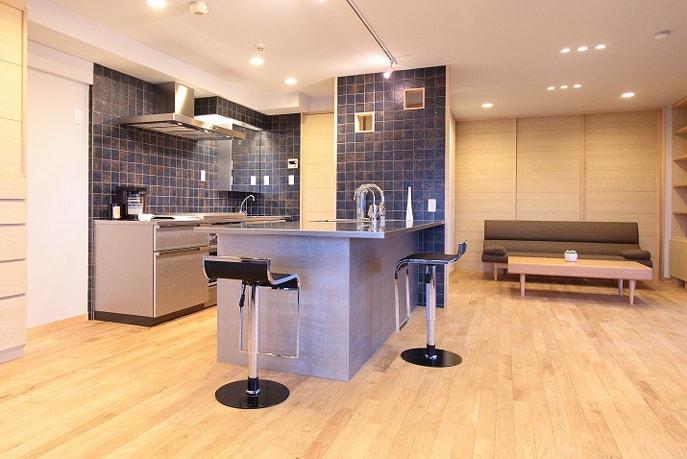 調理器機フル装備のステンレスオーダーキッチン 広島市中区
