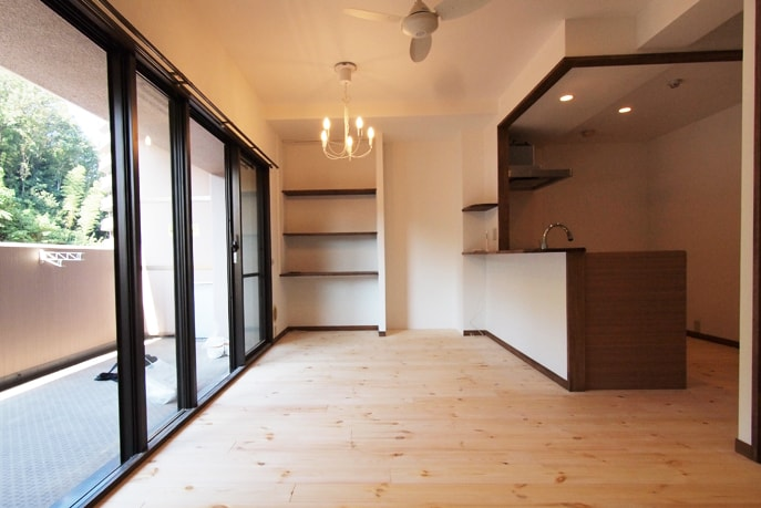 自然素材を使ったシックな家 廿日市市 reno+plus12