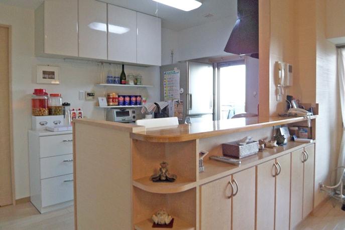 オープンで明るいキッチン空間にリフォーム 広島市西区